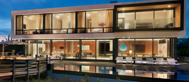 Experts Talk Opulent Vs. Minimalist Design